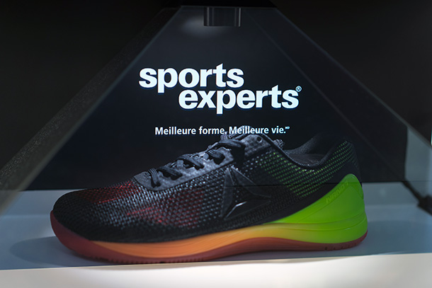 Sports Experts hologramme chaussure
